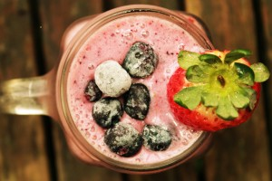 ST Smoothie Above Shot 300x200 Berry Awesome Smoothie